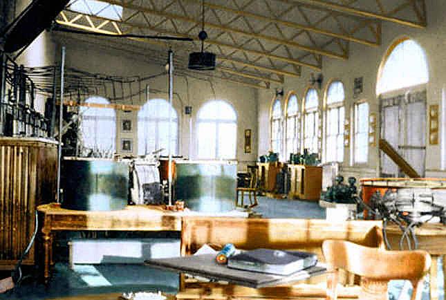 Интерьер лаборатории Wardenclyffe - 1903 год.<br />